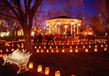 VisitAlbuquerque_Christmas_Luminarias-57bbae955f9b58cdfda34206
