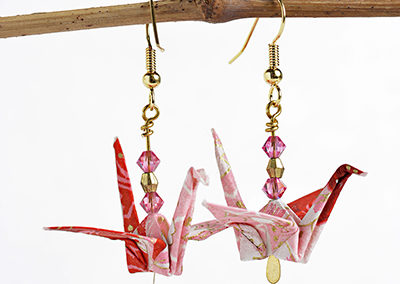256A_Pink_Earrings_Paper_online_art_jewelry_origami_gifts_for_friends_anniversary_gift_birthday_ideas